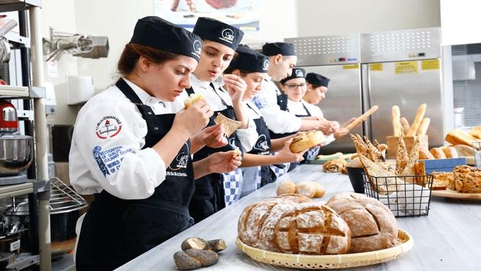 Chef's Table Mutfak Akademisi Kursları 8 Ekim'de Başlıyor!