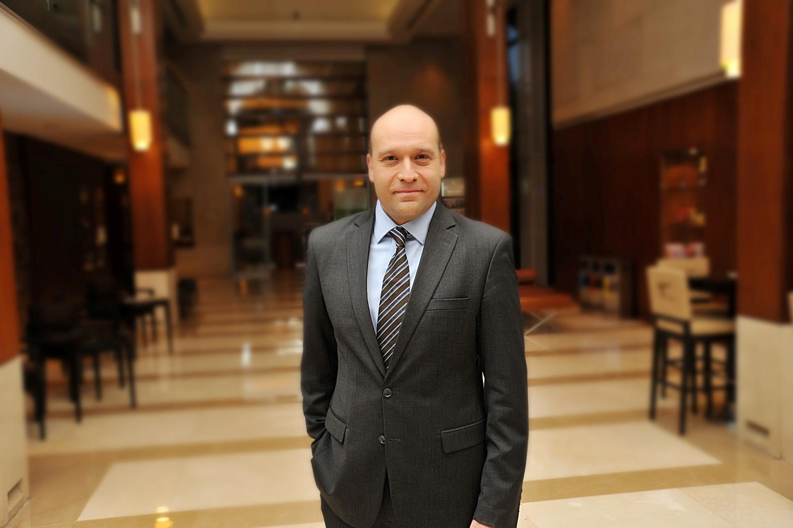 Mövenpick Hotel Istanbul Satış ve Pazarlama Direktörü Giray Çınar oldu