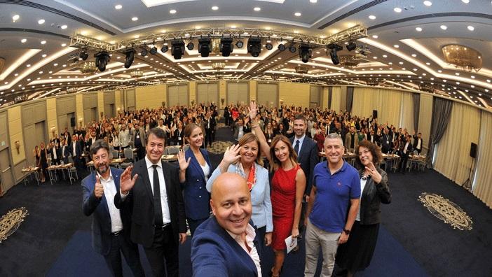 Takım Liderleri Zirvesi genç sektör temsilcilerini bir araya getirdi