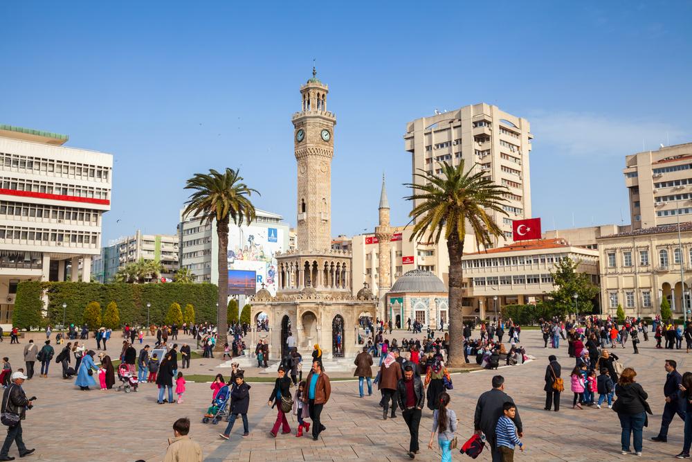 İzmir'de 2500 kişi işe alınacak