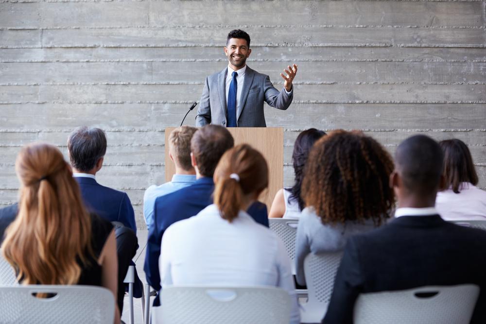 Topluluk önünde konuşmak neden zor?